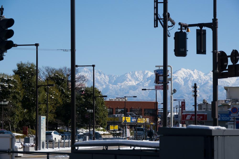 富山駅北口からの立山