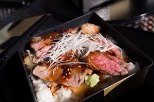 ガーデン岡崎のステーキ丼@2,000円